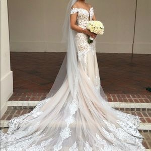 Calle Blanche wedding dress